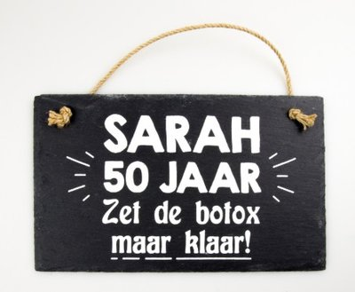 Leistenen tekstbord sarah