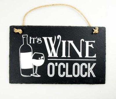 Leistenen tekstbord wijn