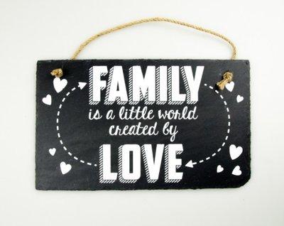Leistenen tekstbord Familie