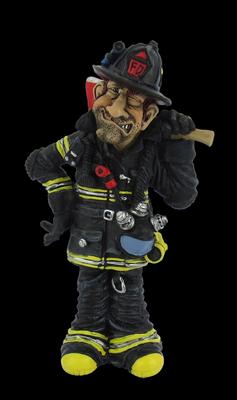 Beroepen beeldje brandweerman met bijl